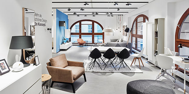 boconcept erster store in sachsen. Black Bedroom Furniture Sets. Home Design Ideas