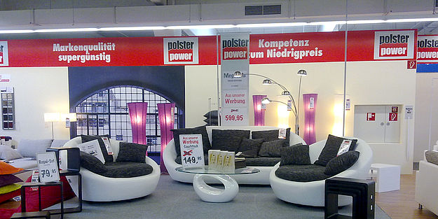 roller er ffnet 102 filiale in euskirchen. Black Bedroom Furniture Sets. Home Design Ideas